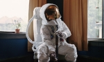 thumbs astronaut suicides neil dacosta 09bigger Самоубийства астронавтов
