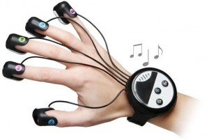 Japanese Wrist Mounted Finger Piano 300x201 Перчатка пианино
