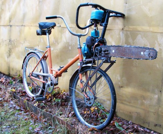chainsaw powered russian bicycle 537x443 Велосипед бензопила